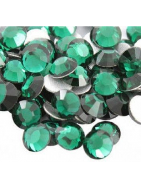 Камни Swarovski  SS 3 Green (100 шт.)